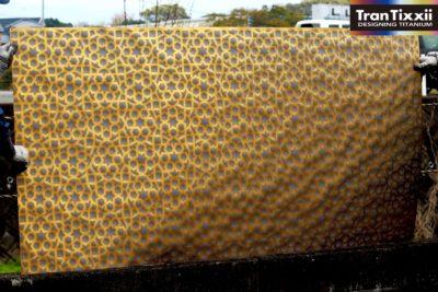 アラベスク柄 ゴールドチタン