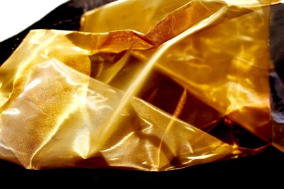 メッシュでゴールドなステンレス